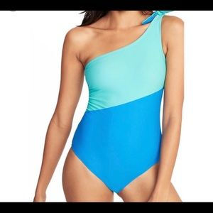 New Old Navy Swimsuit